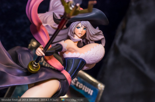wf2014winter_madhands_04